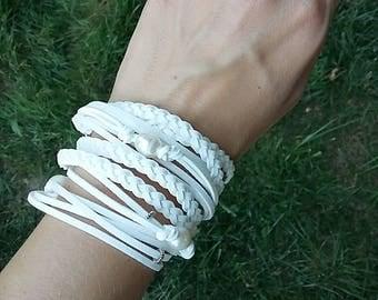 Freshwater pearl Jewelry, White Wrap Bracelet, Wedding Bride Bridesmaid, Bohemian bracelet, Freshwater Pearl Suede Bracelet