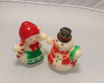 Vintage snow people shakers