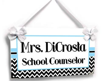 personalized school counselor classroom door sign - white and black chevron with blue - graduation gift - P2594
