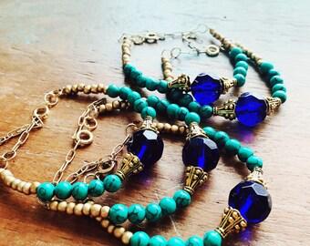 Turquoise bracelet / howlite bracelet / colbalt blue stone / boho beaded bracelet