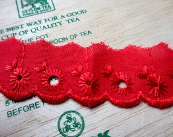 Last Piece - 3 Yards 25 mm Vintage Lace Trim Embroidered Eyelet Red Cotton Lace Scallop Edge