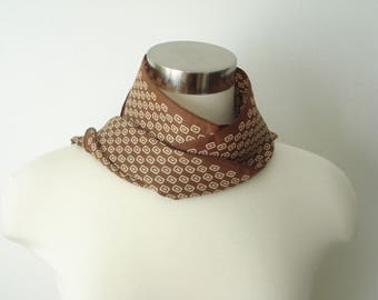 Vintage Long Brown and Cream Print Scarf -  Fall Fashion Scarves - Womens Autumn Accessories 1970s