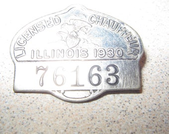 1930 Illinois Chauffer License Badge Pin Vintage Costume jewelry #2092