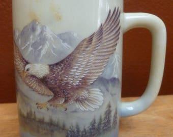 OTAGIRI Flying Bald Eagle Mountains tall mug