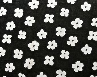Black and White Floral Tablecloth 52 x 75