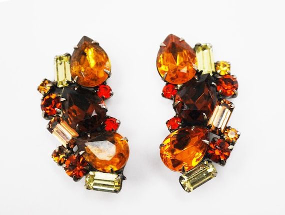 Rhinestone Climbing earrings - Amber brown yellow Orange crystal - Fall autumn colors -Mid century large clip on earrings
