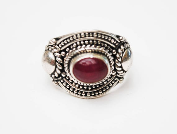 Sterling ring - Ruby Red Chalcedony Gemstone - size 6  Boho Silver setting