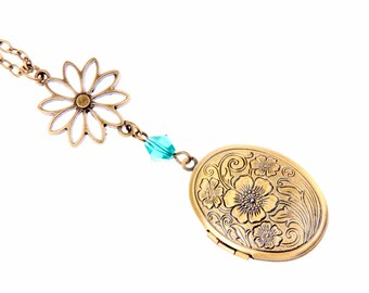 Flower Necklace, Flower locket