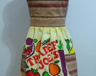 One of a kind Trader Joe's hostess apron Size Small