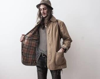 Quilted Jacket Beige 80s Rain Jacket Outerwear Coat Puff Jacket Size Medium Classy Veste Femme