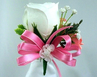 Pink and white pin on corsage, Pink cream wedding corsage flower, Rose corsage, Pink flowers, Flower corsage, Prom corsage, Flowers bridal,
