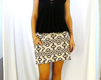 Jersey skirt in Aztec lined blue