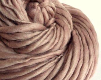 Thick and Thin knitting yarn, chunky merino knitting wool, pale mushroom pink / fudge, big knitting wool