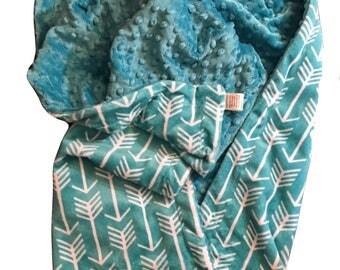 Minky Toddler Blanket, Arrow Blanket, Personalized Blanket, Minky Kids Blanket, Teal Minky Blanket, Arrow Nursery Decor, Size 40 x 50  inch