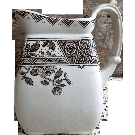 Transferware Pitcher, Brown Transferware, Aesthetic Movement, C. Challinor & Co., Melbourne