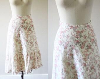 1970s boho midi skirt // vintage floral skirt // vintage skirt