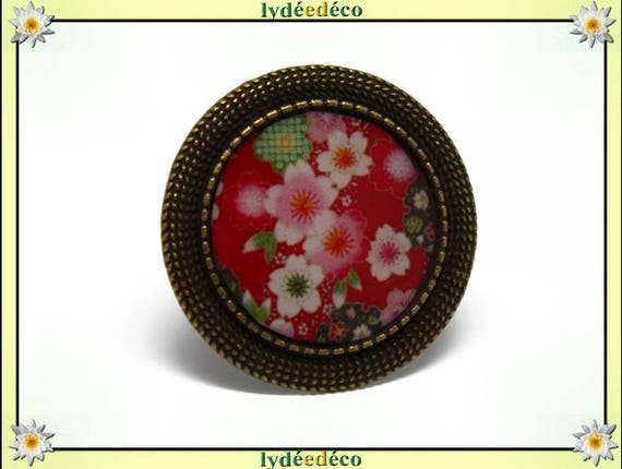 Retro round ring flowers vintage Japanese Red pink green white resin adjustable brass diameter 20mm