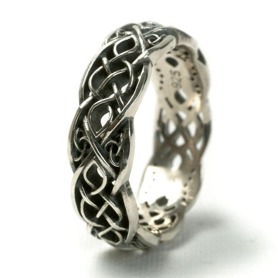 Infinity Wedding Band, 925 Sterling Silver Celtic Knot Ring, Unique Wedding Ring, Celtic Wedding Band,  Handcrafted Ring in Your Size CR1052