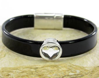 Black Patent Leather Bracelet/Black Leather Bracelet/Swarovski Crystal Heart/Silver Magnetic Clasp  (10F-521)