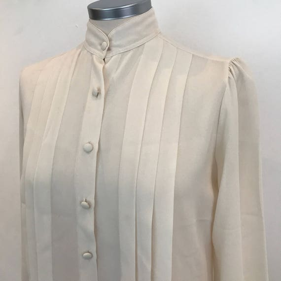 Vintage blouse 1980s cream crepe shirt collarless UK 8 10 80s does 1940s look Planet