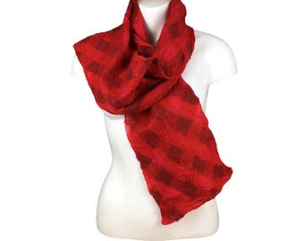 Red felted woven scarf in merino wool and silk