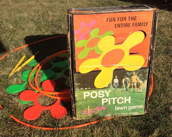 Vintage Posy Pitch outdoor game, family lawn fun, 1960's lawn game, family outdoor fun, vintage games, great gift idea, fun for the family
