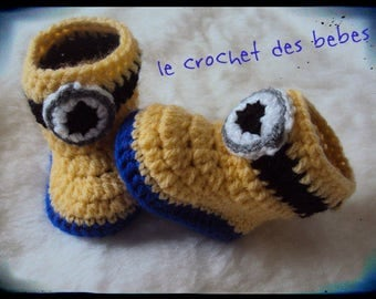 shoe available in size 0-3 months