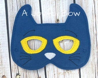 Pete inspired mask, pete the cat, book buddies, pete the cat party, book reading