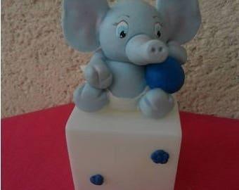 Veilleuse éléphant Esteban en porcelaine froide