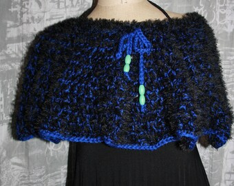 neck - shoulder or short poncho, wool and acrylic