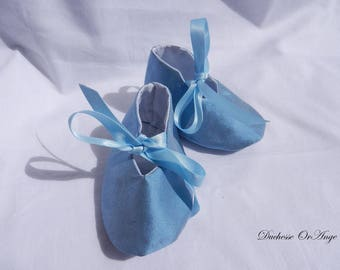 Baby shoes in silk sky blue - 1/3 months