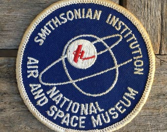 USED Smithsonian Institution National Air and Space Museum Washington DC Souvenir Travel Patch