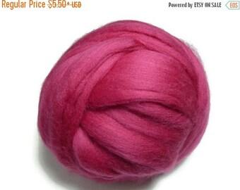 SALE Superfine Merino wool roving 19 microns, Raspberry