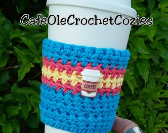Crochet coffee cup cozy, with a to-go-cup button , made with 100% cotton. Crochet coffee sleeve, crochet coffee cozie