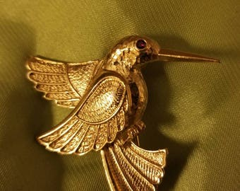 Beautiful Humming Bird Brooch