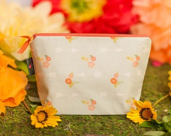 Cosmetic bag, Makeup bag, Makeup pouch, Zipper pouch, Large zipper pouch, Cosmetic pouch, Gift for her, Bridesmaid gift, Floral bag