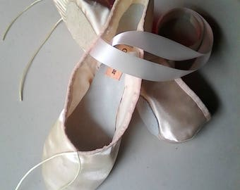 Ready to Ship Now! Handmade Ivory Satin Ballet Slippers with attached Ribbons &  Split Soles - size US 6.5 / AU 5.5 / UK 4.5