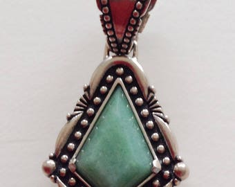 Native American Southwestern  Navajo Green Turquoise Sterling Pendant Signed Carolyn Pollack
