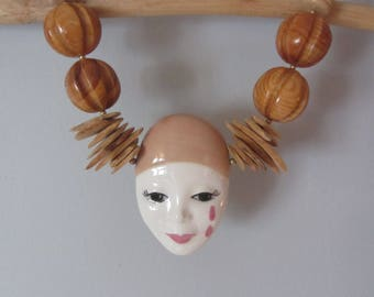 1970s Pierrot porcelain and wood bead necklace