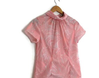 60s pink nylon top / retro petite pink top / button at the back top