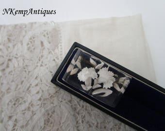 Vintage lucite brooch 1930's