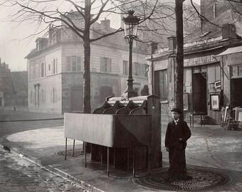 Chaussée du Maine, 1859, Paris, France, Urinals with Privacy Screens