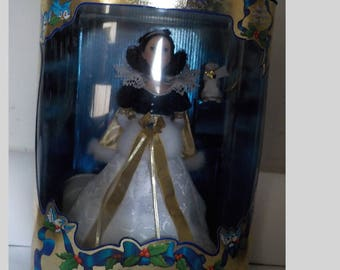 Vintage Disney's Holiday Princess Snow White Mint In Box