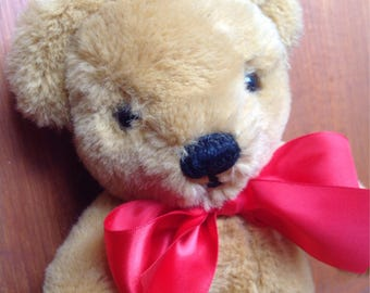 English Merrythought Vintage Bear in need of new home