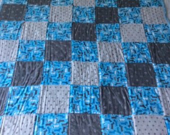 Dachshund quilt, dog blanket, baby quilt, flannel blanket, flannel quilt