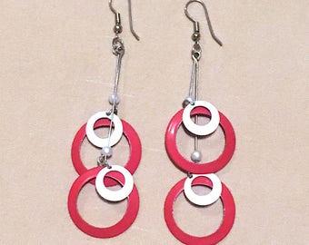 Vintage 80's White & Red Metal Enameled Pendulum Hoop Earrings, Bold Mod Retro Large Multiple Hoop Earrings, Big Earrings Fashion Jewelry