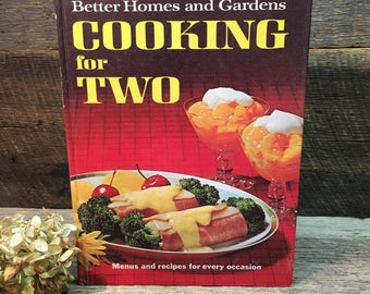 Vintage Better Homes and Gardens Cookbook/Cooking for Two/1969