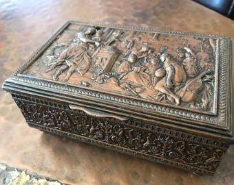 Vintage BRASS JEWELRY BOX With Classical Decoration