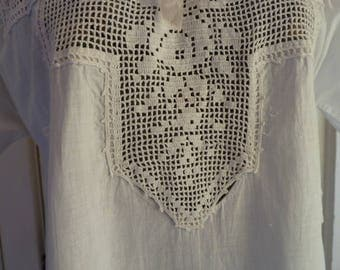 Antique Victorian 1900's White Cotton Floral Crocheted Yoke Nightgown Dress