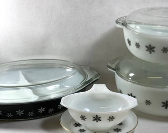 Vintage Pyrex bowl Gaiety Snowflake divided dish covered vegetable bowl black white sauce gravy boat and saucer individually available